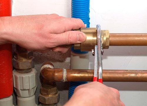 Устранение течи системы отопления в Киеве